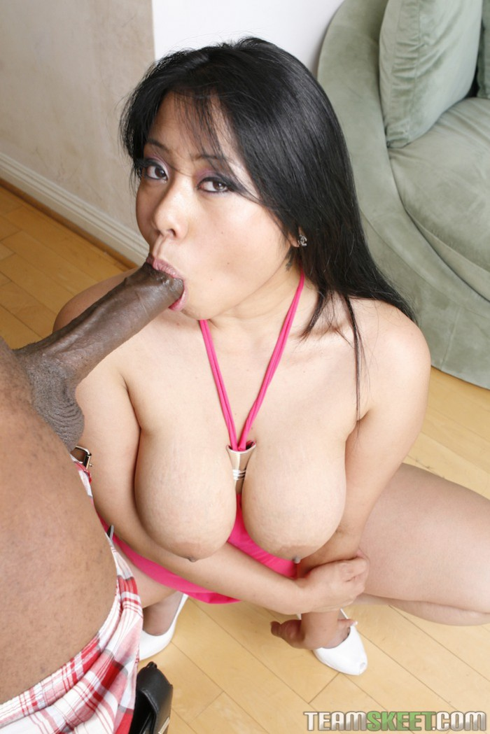 Kya Tropic Dick Sucking